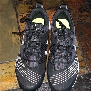 Under Armour men's soccer cleats size 8.5 NEW